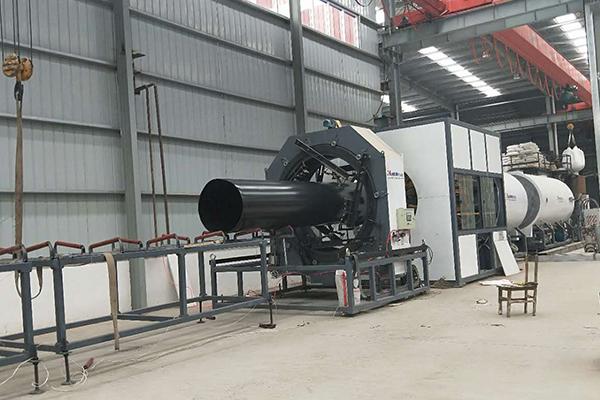 挤出设备生产高密度聚乙烯套管